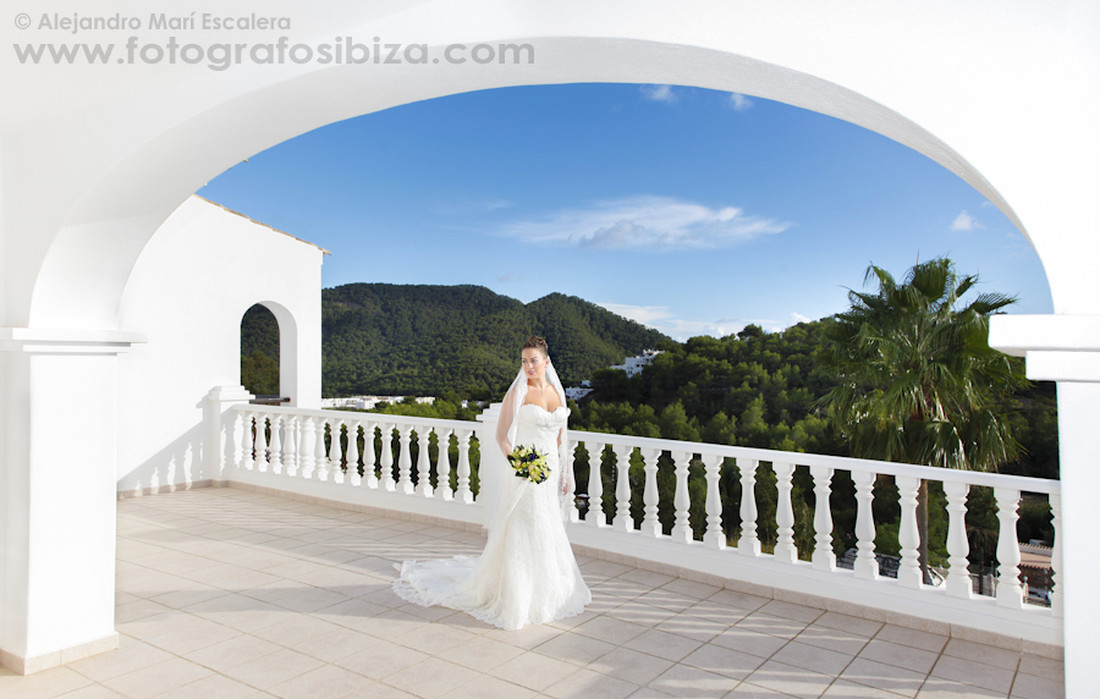 Photographs_Professionals_in_Ibiza_wedding
